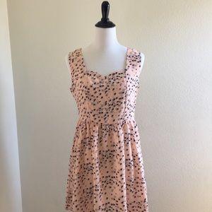 Dresses & Skirts - Nameless size L swallow dress